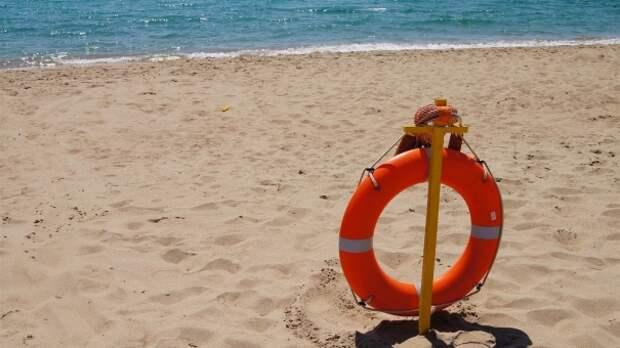 В Феодосии мужчина пошёл плавать, но не смог вернуться на берег