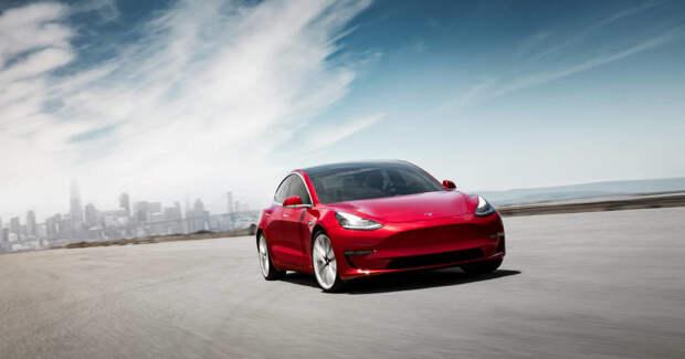 Видео: канадец провел ночь в Tesla Model 3 при -17 за бортом