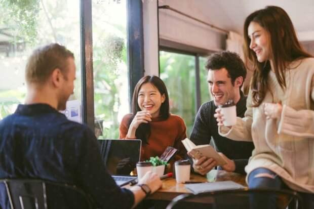 Мат на работе объединяет сотрудников и улучшает отношения между ними