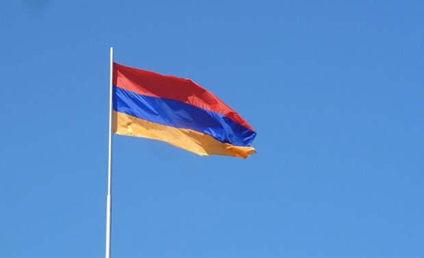В Ереване заявили о задержании группы армянских военных на границе с Азербайджаном