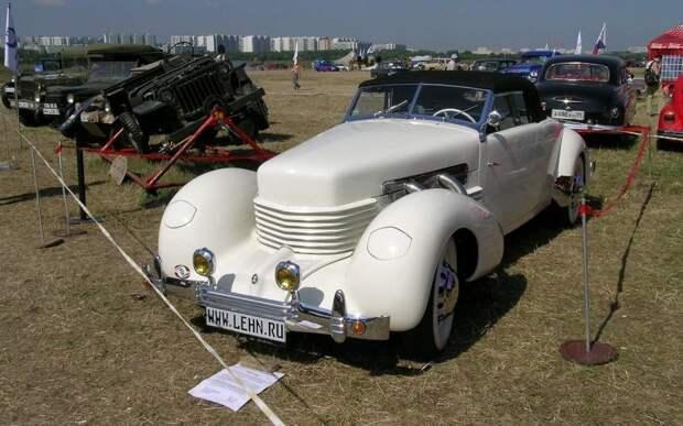 Cord 810 на фестивале «Автоэкзотика» в Тушино