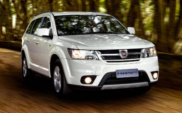 В России из-за некачественной сборки отзывают Fiat Freemont и Dodge Journey