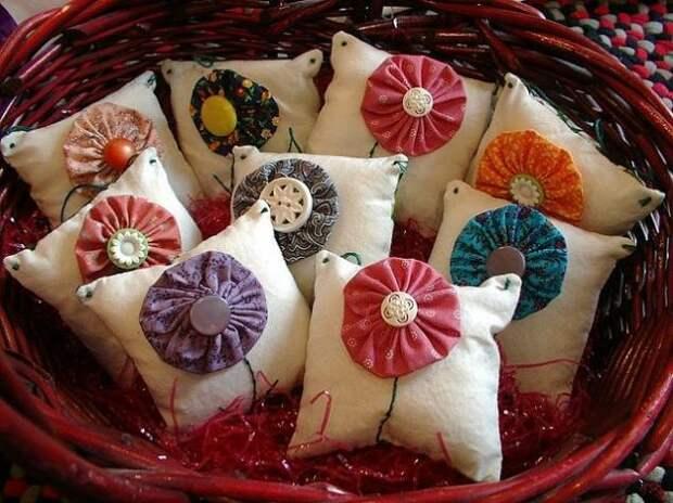 Цветы Йо-йо — новый вид отделки текстиля