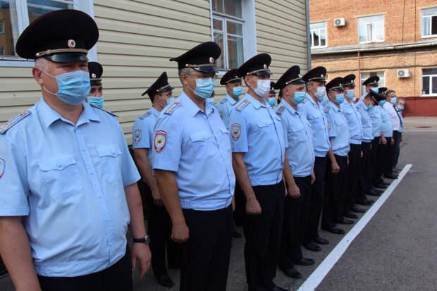 Тамбовские полицейские вернулись из полугодовой командировки на Северный Кавказ