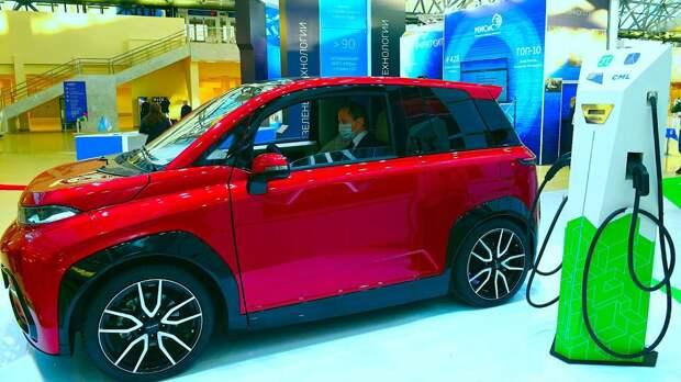 В Питере показали первый российский электромобиль «Кама-1»