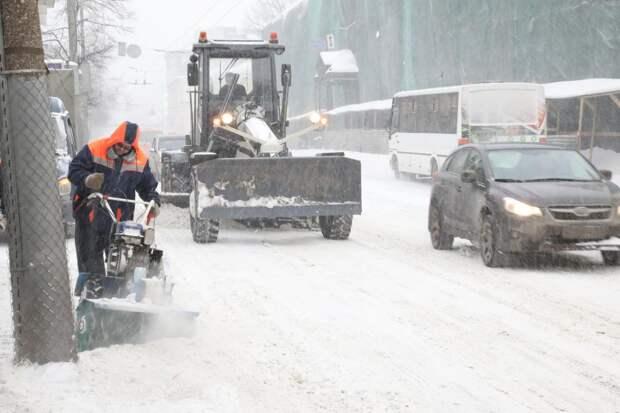 Движение на улице Белинского временно ограничат из-за уборки снега