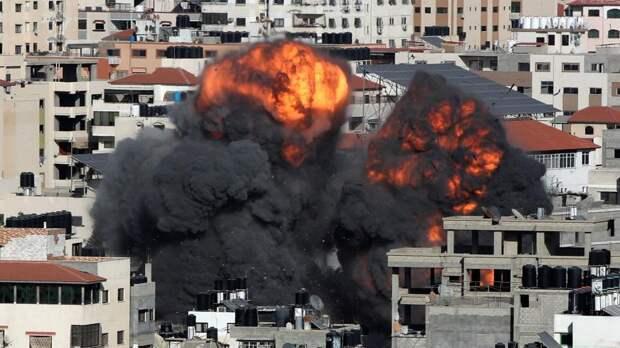Около 10 тыс. палестинцев покинули дома из-за атак Израиля