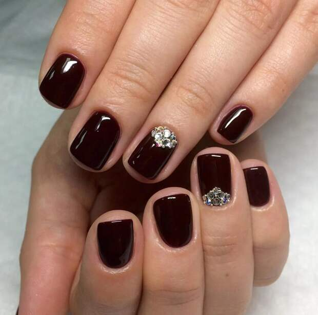 Идеи модного дизайна на короткие ногти. Разные цвета и оттенки в большой фото-подборке.