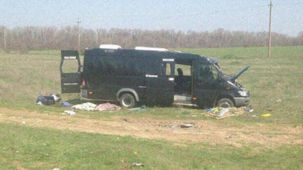 В Крыму в ДТП с электричкой и микроавтобусом погибли 5 человек 2