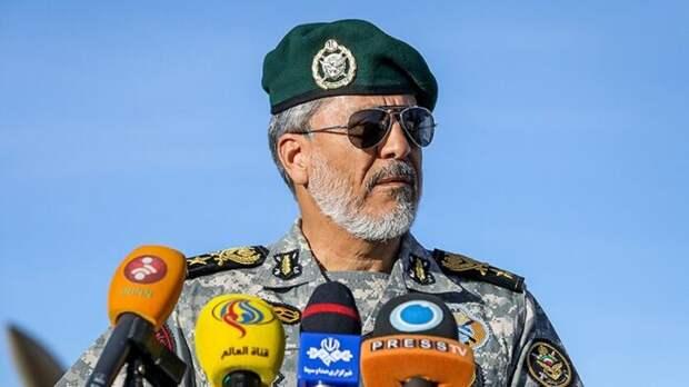 Иран отправил военные корабли в Атлантический океан