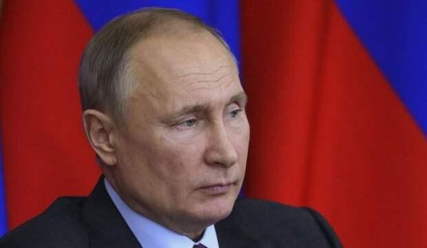 """Шок и трепет. Как мир реагирует на инициативу Путина запретить """"крошить"""" Русскую землю"""