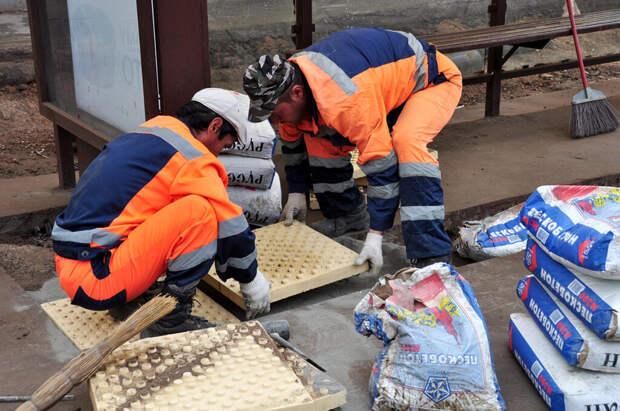 Названа причина частой замены плитки в Москве