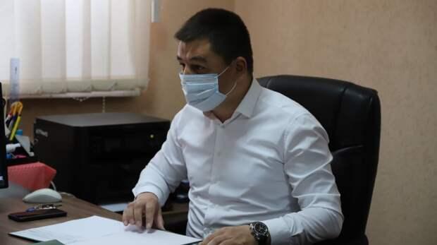 Энвер Аблаев принял жителей Бахчисарайского района по личным вопросам