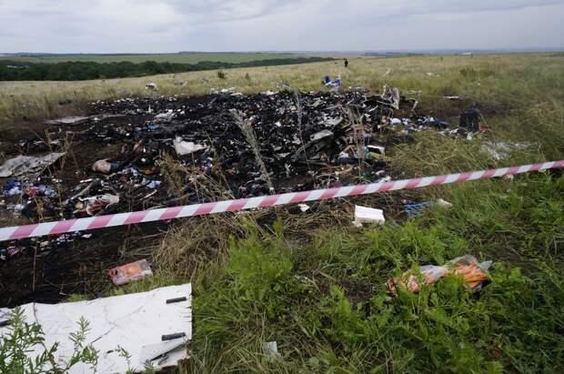 В литовском МИДе ясновидящие – там знают кто сбил самолет над Украиной