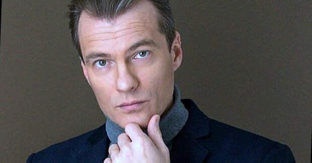 Талантливый Владислав Резник: сложности личной жизни и сегодняшние будни актера