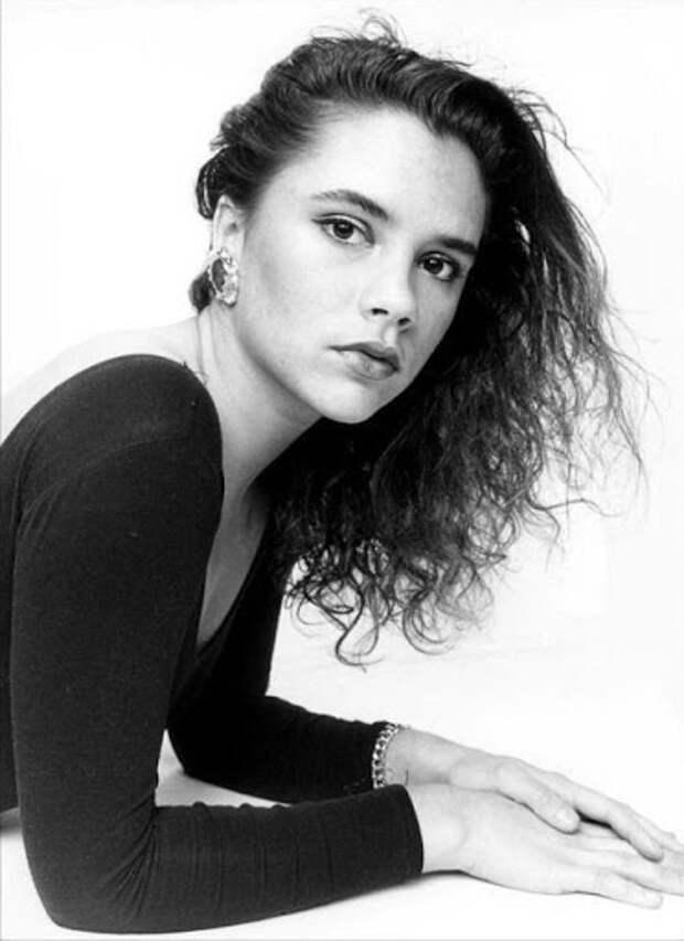 Будущая Виктория Бeкхэм (1992 г.)