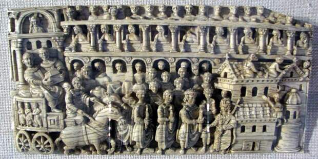 Торжественная процессия, возглавляемая Пульхерией и Феодосием II. Источник: en. wikipedia.org<br>