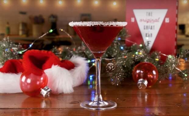 Простой рецепт новогоднего коктейля Космополитен