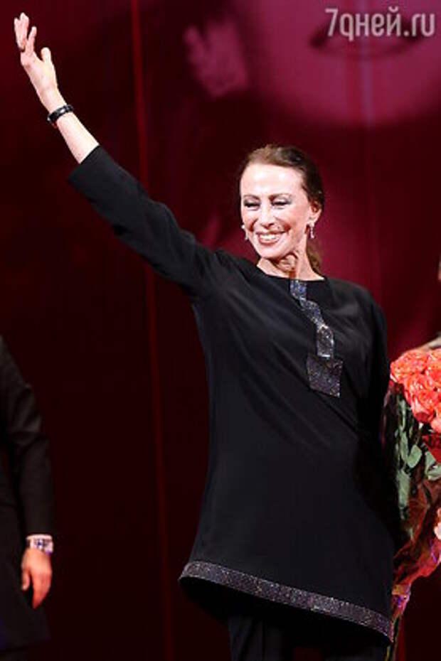 Бессмертный лебедь: великая балерина Майя Плисецкая не была святой, но ее жизнь — пример для многих