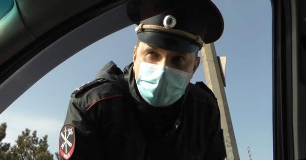 Полицейский отрицает факт профилактики поддержки Навального в Крыму