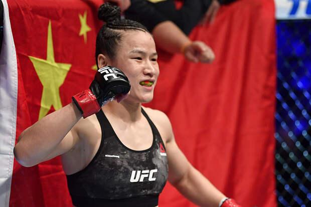 Китайская чемпионка UFC ответила своей сопернице на критику коммунизма