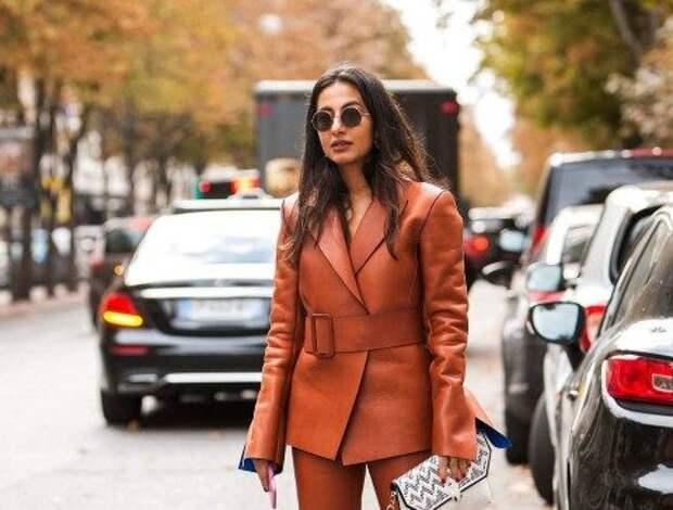 Как и с чем носить кожаный костюм – образы