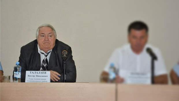 Обыски проходят углавы Семикаракорского района Виктора Талалаева 11мая