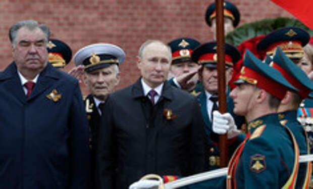 В Москве прошел парад в честь 76-летия Победы