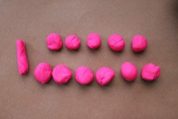 Лепка из полимерной глины: восхитительное сердце из роз (1/2)