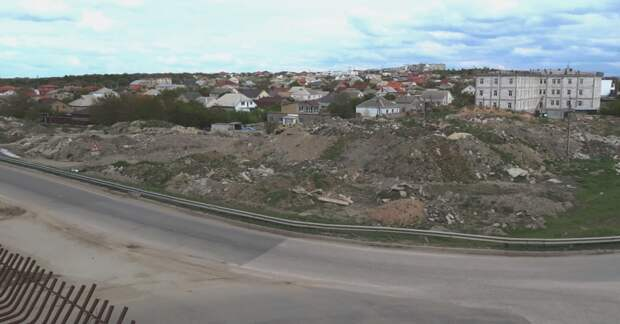 В Симферополе навалами опасного мусора нанесен ущерб в 77 миллионов