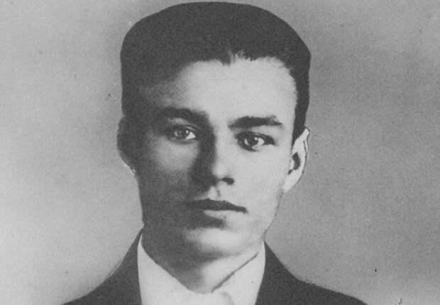Иван Земнухов: что стало с начальником штаба «Молодой гвардии»