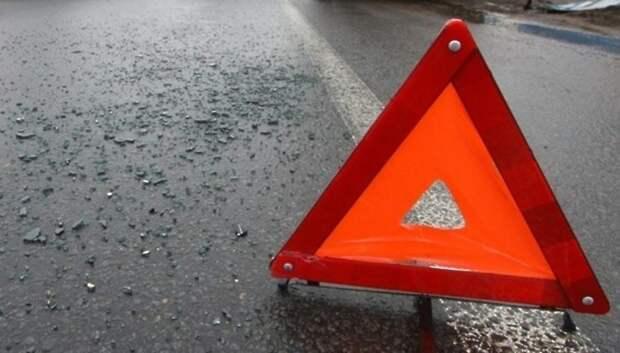 Иномарка перевернулась на крышу на Большой Серпуховской улице в Подольске