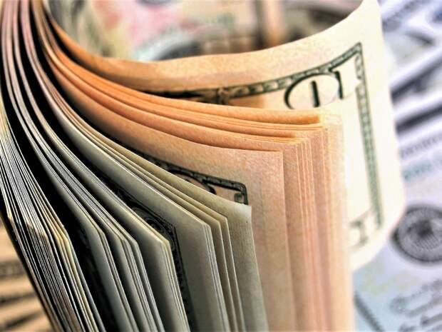 Из банковской ячейки москвички похитили $60 тысяч