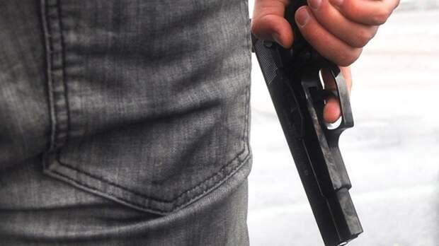 Продавец на московском рынке получил пулю от покупателя на BMW