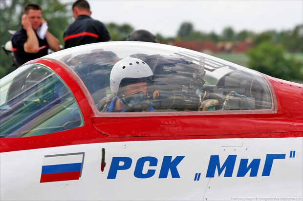 MiG-29OVT 009