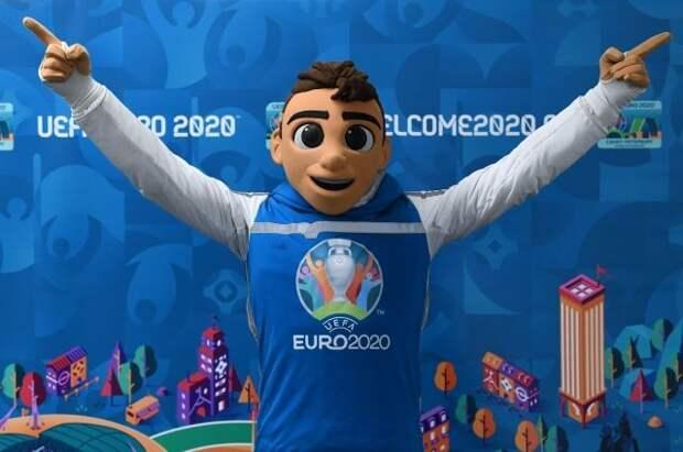 ФАС напомнила об ответственности за незаконное использование символики УЕФА