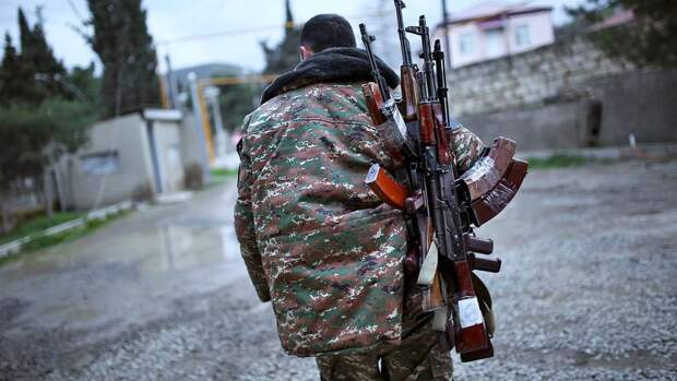 Перемирие в Нагорном Карабахе трещит по швам