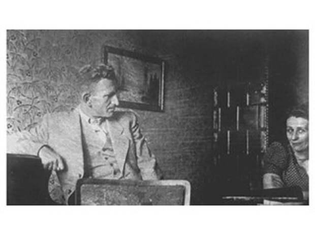 """Зачем """"зоотечественники"""" в Украине прославляют Шухевича и врут про СС"""