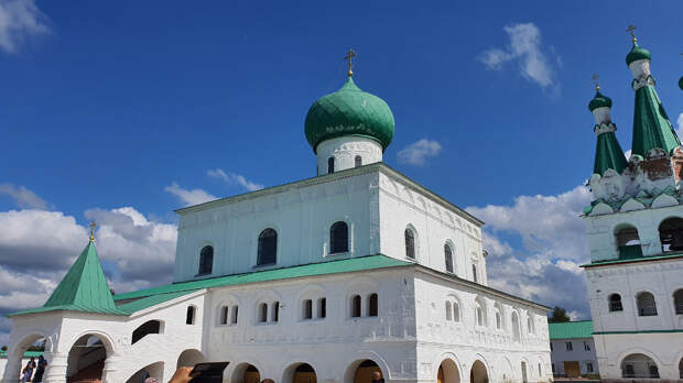 Троицкий собор (1695—1697)