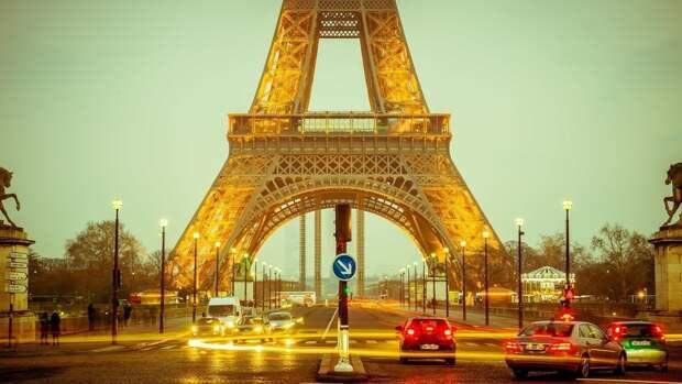 Францию и Польшу предложили добавить в список недружественных России стран