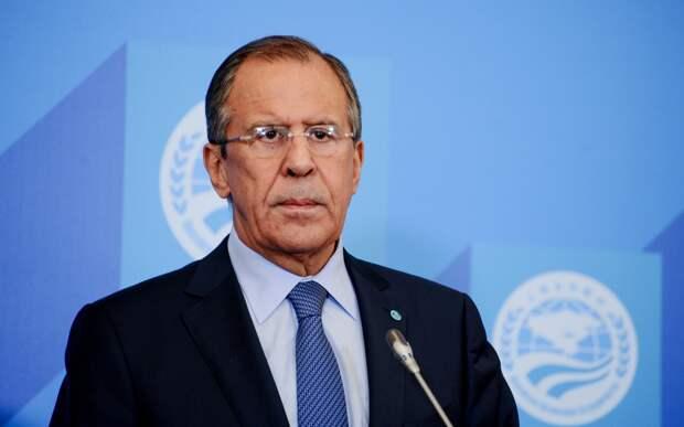 Министра Лаврова в Казахстане строго спросили за великодержавные заявления