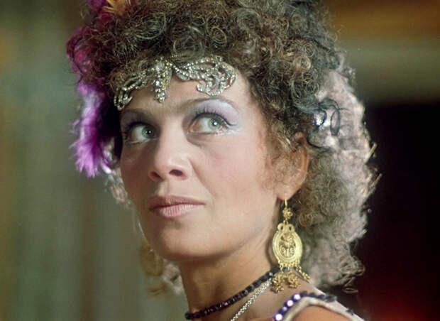 Судьбы любимых актрис: как сложилась жизнь Елены Аминовой