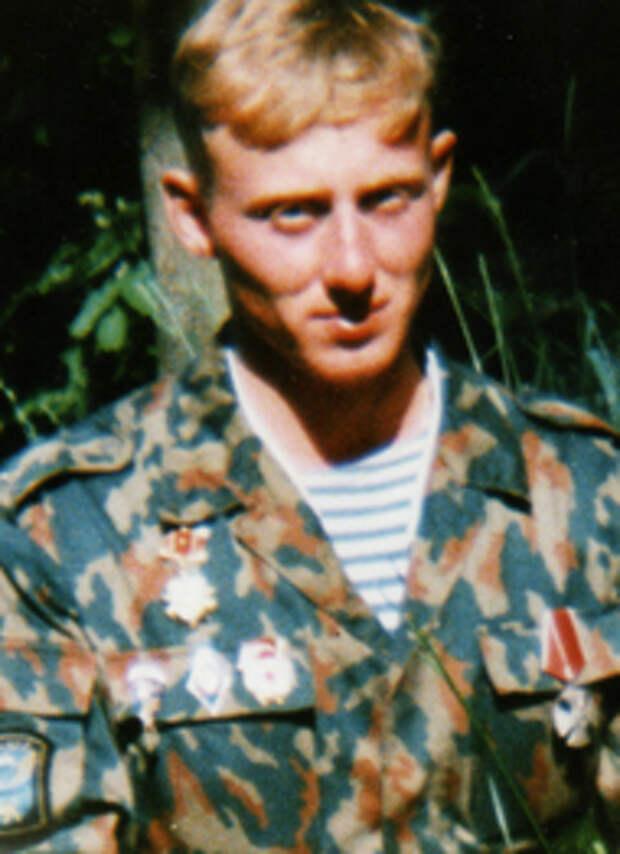 Виктор Викторович Романов.