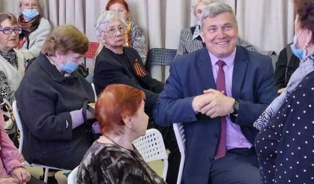 Дмитрий Лёгкий: важно сохранять связь со старшим поколением