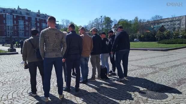 Львовские радикалы превратили празднование Дня Победы в нацистский шабаш