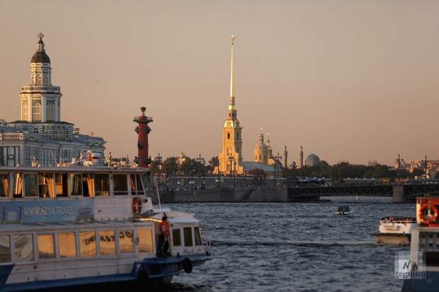 Француз, проживший один год в Петербурге поделился своим мнением и России и русских.