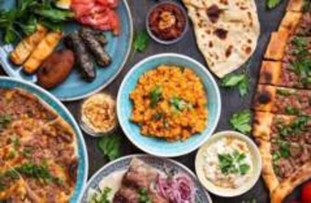 Турецкие отельеры попросят гостей доедать еду