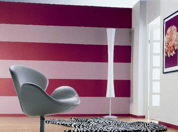Обои в полоску: как создать нестандартный дизайн комнаты с помощью простых линий (104 фото)