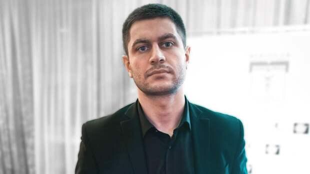Давид Манукян намекнул в видео на тайное посещение Бузовой в больнице