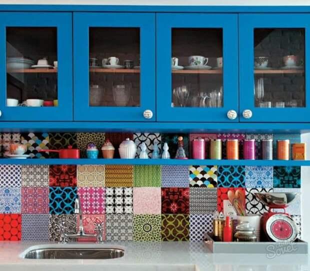 Возьмите разную плитку и в мгновение ока обновите интерьер кухни